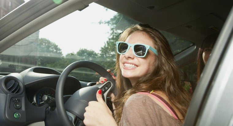 What Is the Purpose of Weekly Car Insurance?
