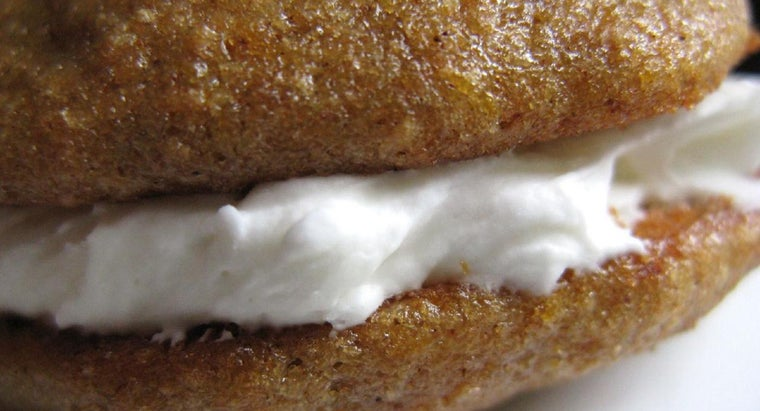 What Is an Easy Marshmallow Fluff Recipe?