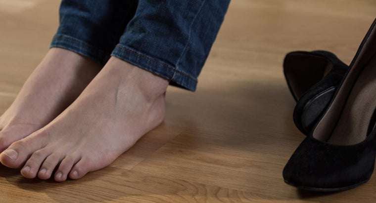 What Is the Treatment for a Swollen Foot?