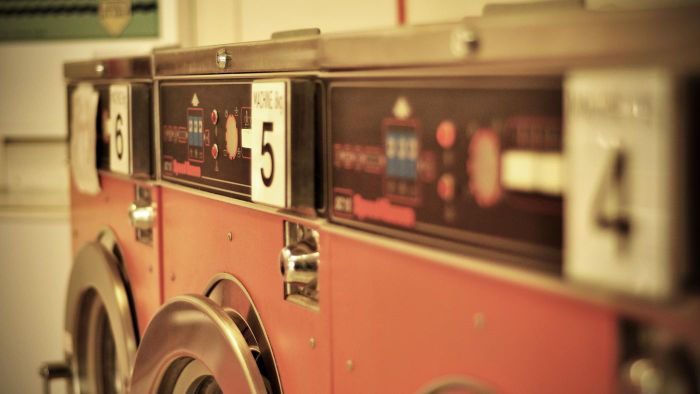 What Causes a Washing Machine to Shake?