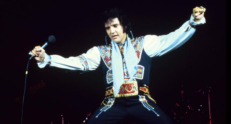 What Is an Elvis Presley Greatest Hits Album Worth?