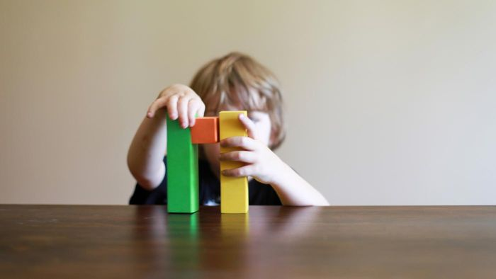 What Are Good, Simple Wooden Projects for Children?