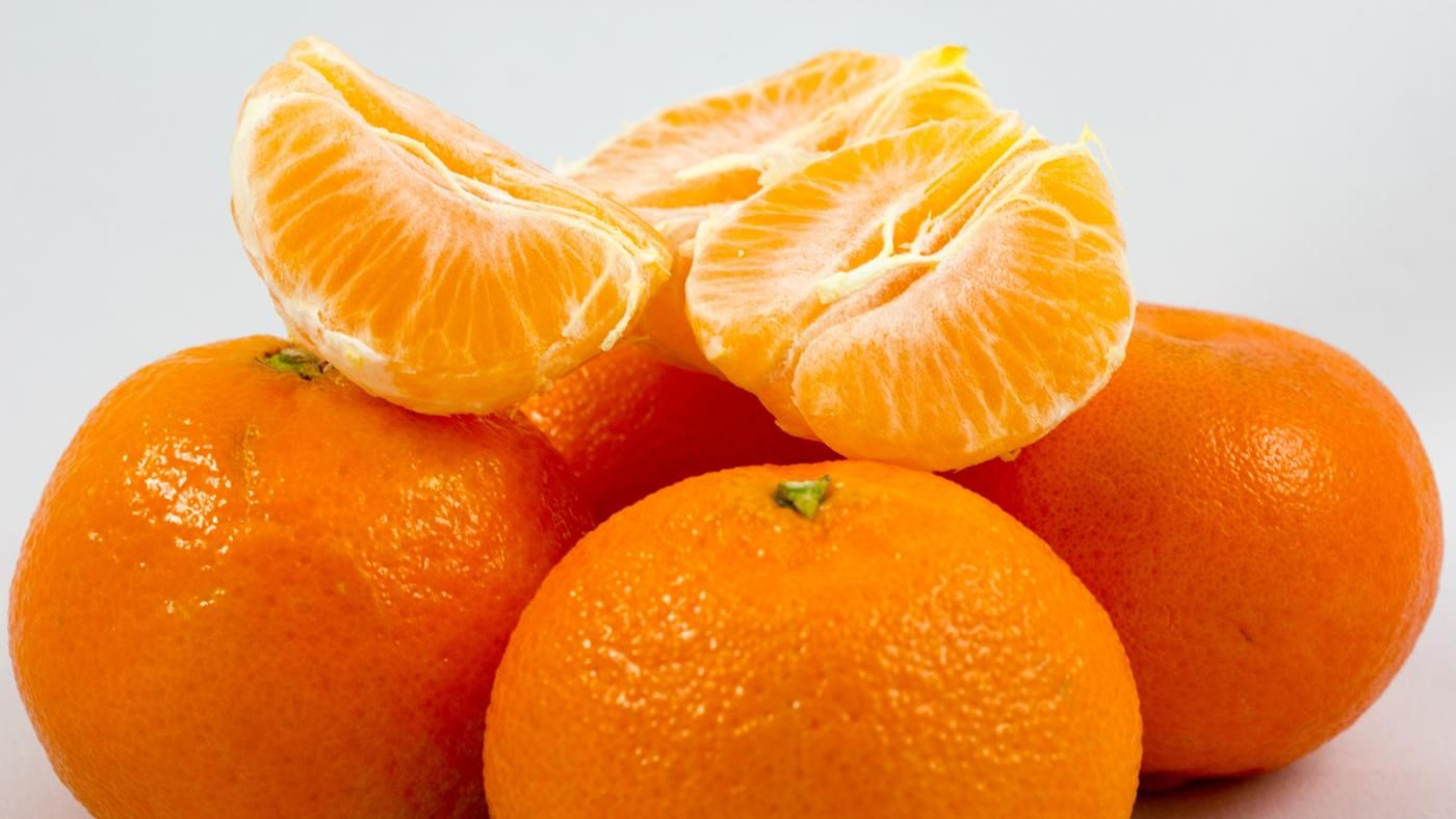 What Is a Complete List of Citrus Fruits? | Reference.com