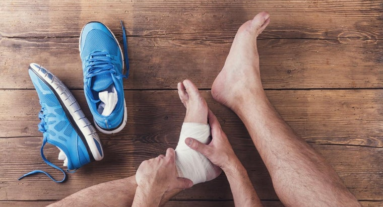 What Are Some Common Symptoms of Gout?