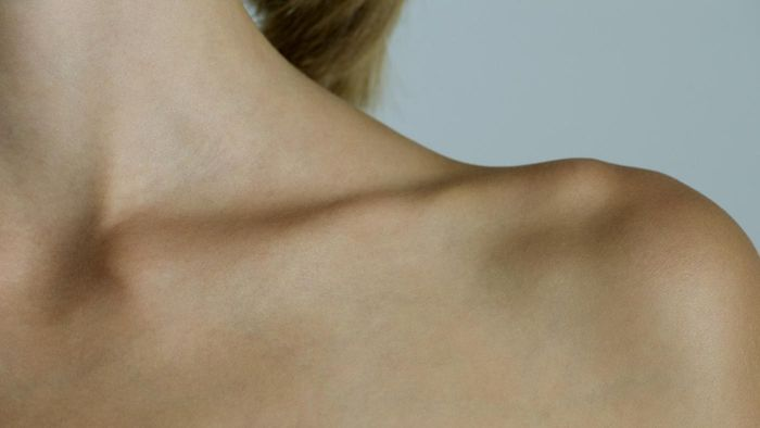 What Does It Mean If Your Collarbone Hurts?