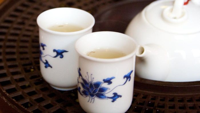 What Are the Benefits to Buying Tea Cups in Bulk?