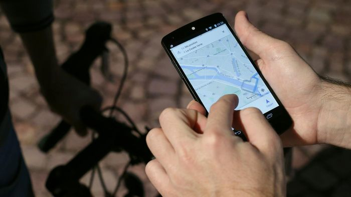 How Do You Find a Cell Phone Location With GPS?