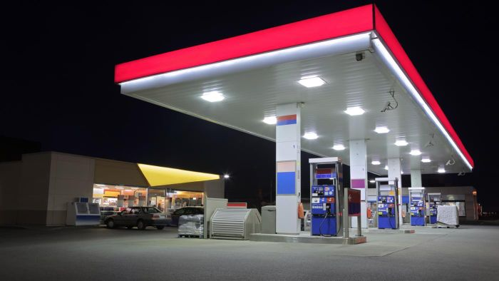 Where Can You Find Local 24-Hour Gas Stations?