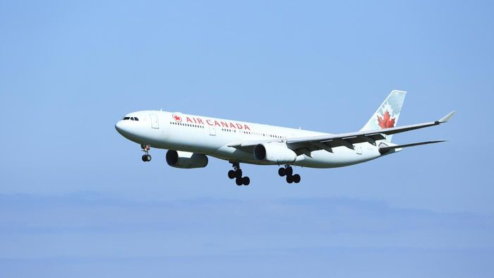 Where Can You Find Live Tracking of Air Canada Flights?