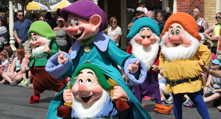 """What Are the Names of the Seven Dwarfs From """"Snow White?""""?"""