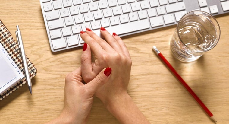 How Do You Treat Pain in the Wrist and Hand?