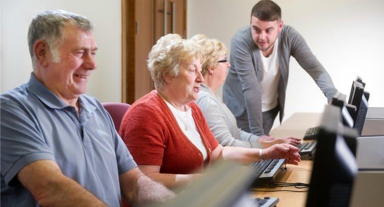 Where Can Seniors Gets Computer Education?