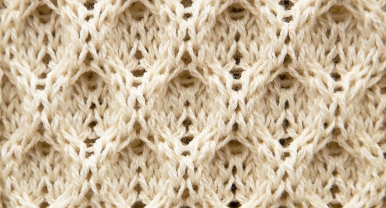 What Does It Mean to Knit a Cable?