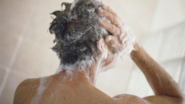 What Type of Shampoo Helps Get Rid of Scalp Pimples?