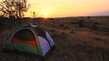 What Are Good Items to Include on a Camping Checklist?