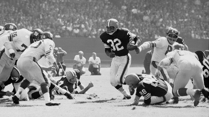 Who Are Some Football Hall of Fame Inductees?