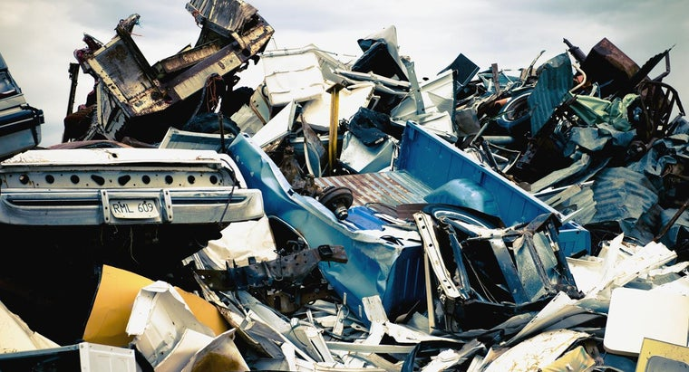 What Salvage Yard Parts Are Good for Resale?