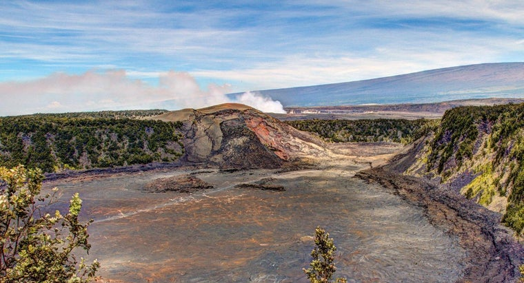 How Can You Stay Updated on Hawaiian Volcano Activity?