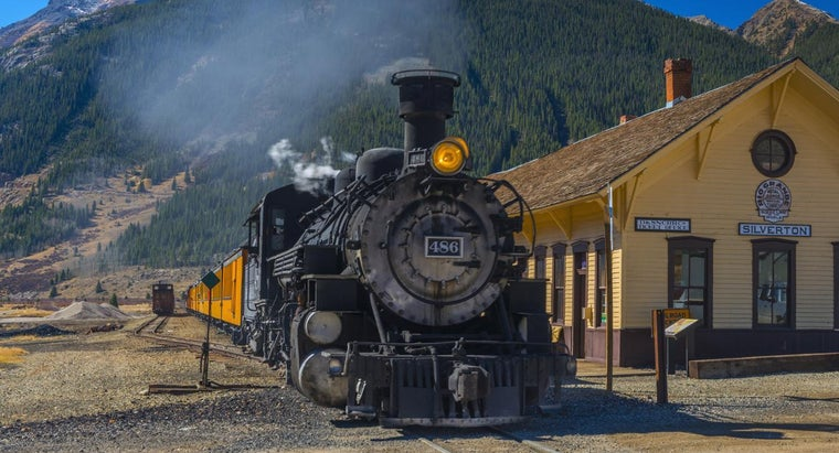What Are Some Historic Railroad Stations?