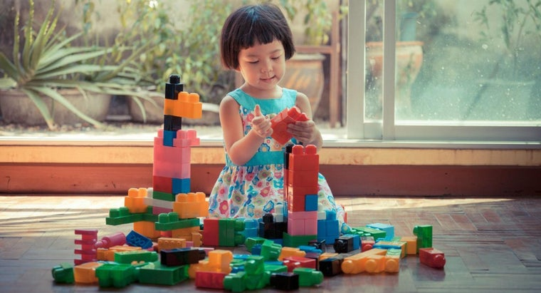 What Are Some Good Toys for 3-Year-Old Children?