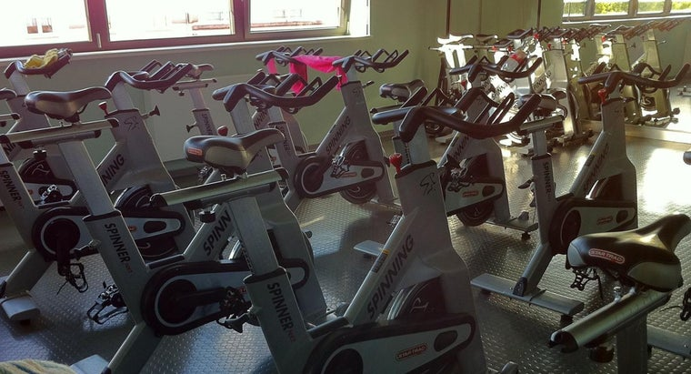 What Generally Happens in a Spinning Class?