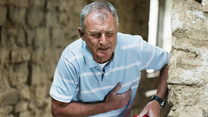 What Are Three Warning Signs of a Stroke?