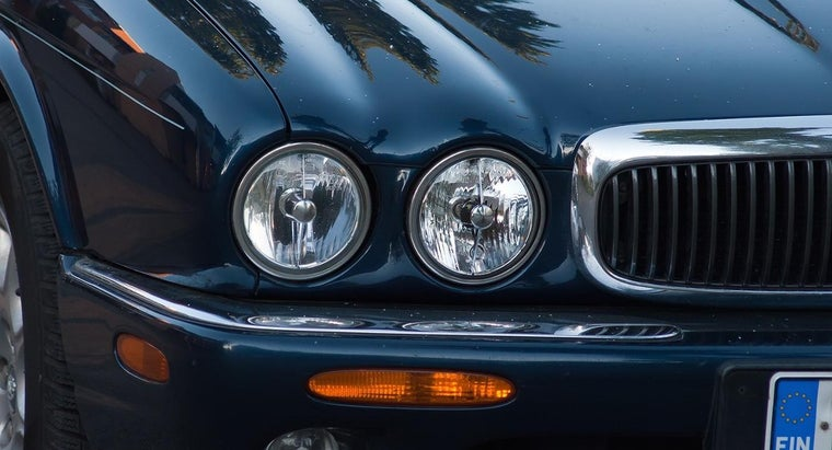 How Can You Find Out What Headlight Bulb You Need?