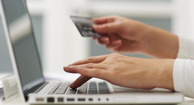 What Are the Pros and Cons of Online Shopping?