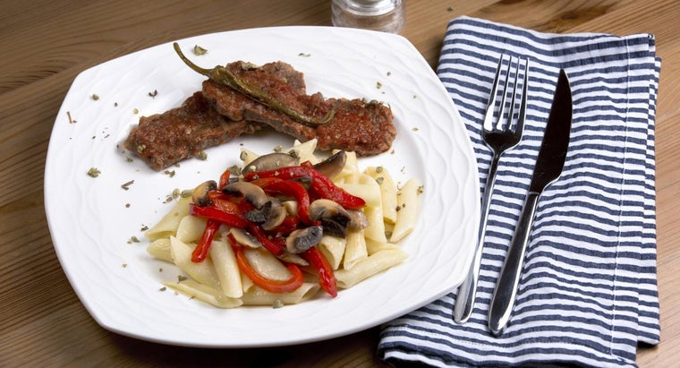 How Do You Make Veal Scallopini Sauce?