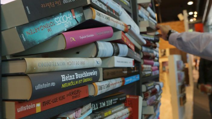 What Are Some Organizations That Sponsor a Book Donation Pick-Up?