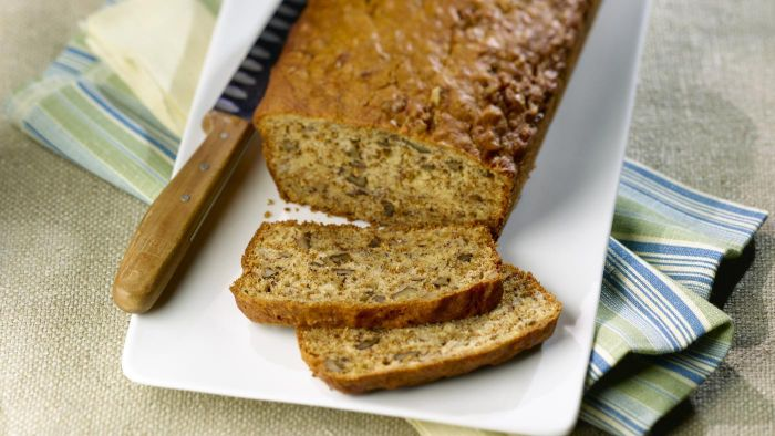 What Is a Quick and Easy Recipe for Banana Bread?