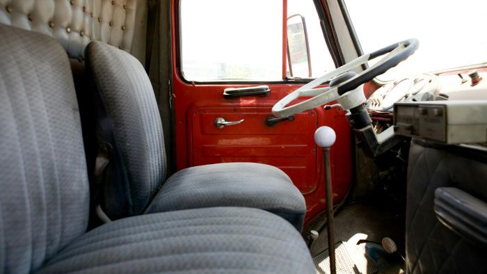 How Do You Install Truck Seats?