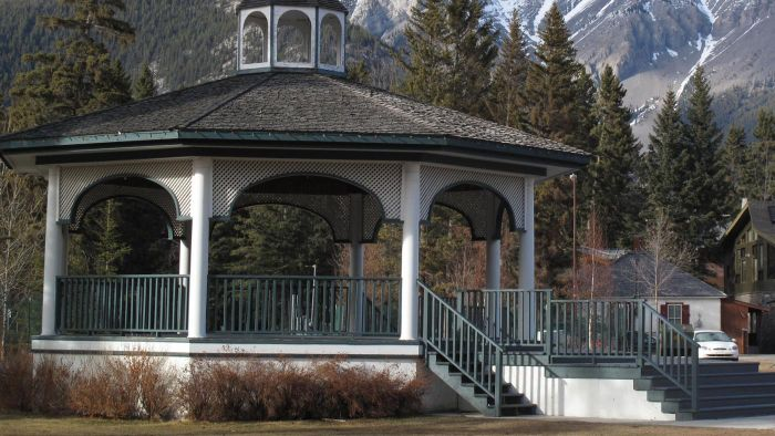 What Are Some Design Plans for Gazebos?