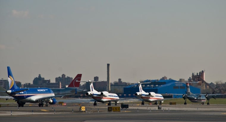 What Is a List of the Major Airports in New York?