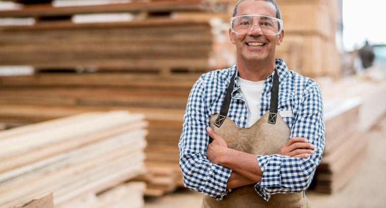 What Are Some Items on an OSHA Safety Checklist?