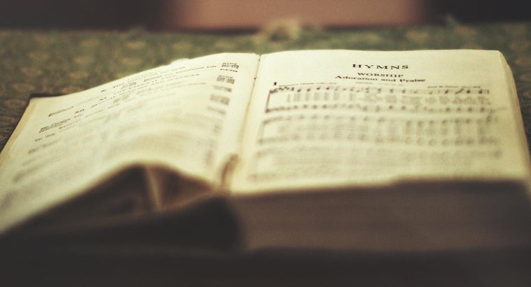 What Is the Difference Between a Methodist Hymnal and a Catholic Hymnal?
