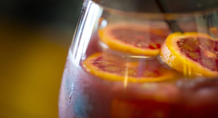 What Is a Recipe for Moscato Sangria?