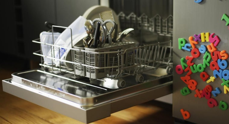 Are High-Temperature Dishwashers More Expensive Than Regular Dishwashers?