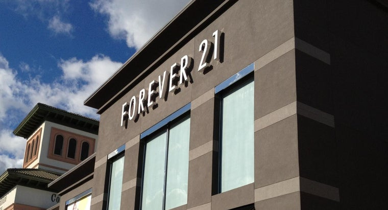 What Is a Forever 21 Credit Card?